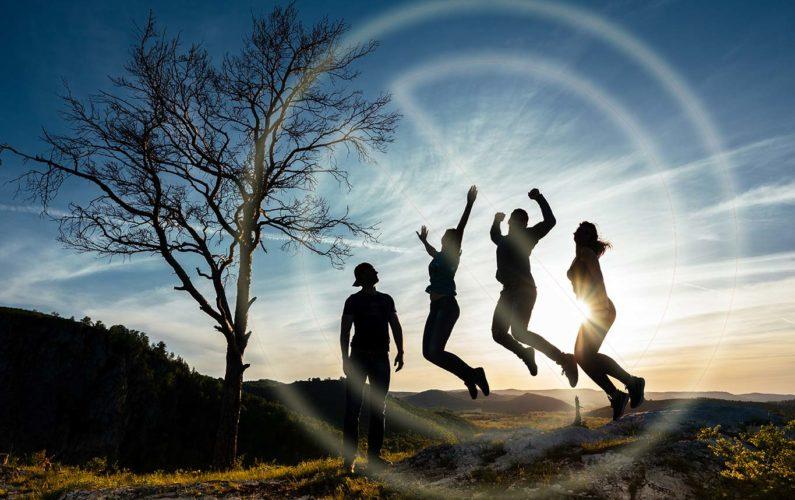 Interdits de vivre, groupe dans la nature